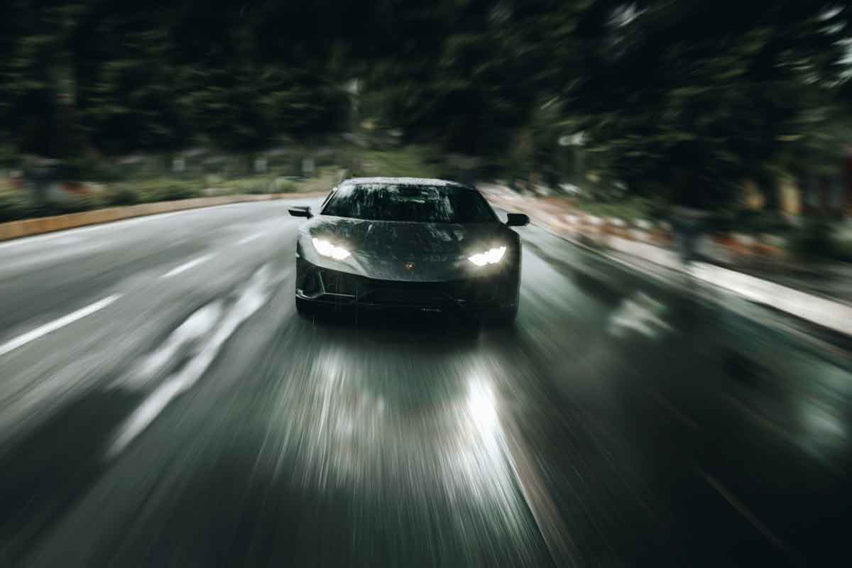 The Millionaire Fast Lane: 43 Tips That Will Make You Rich Fast