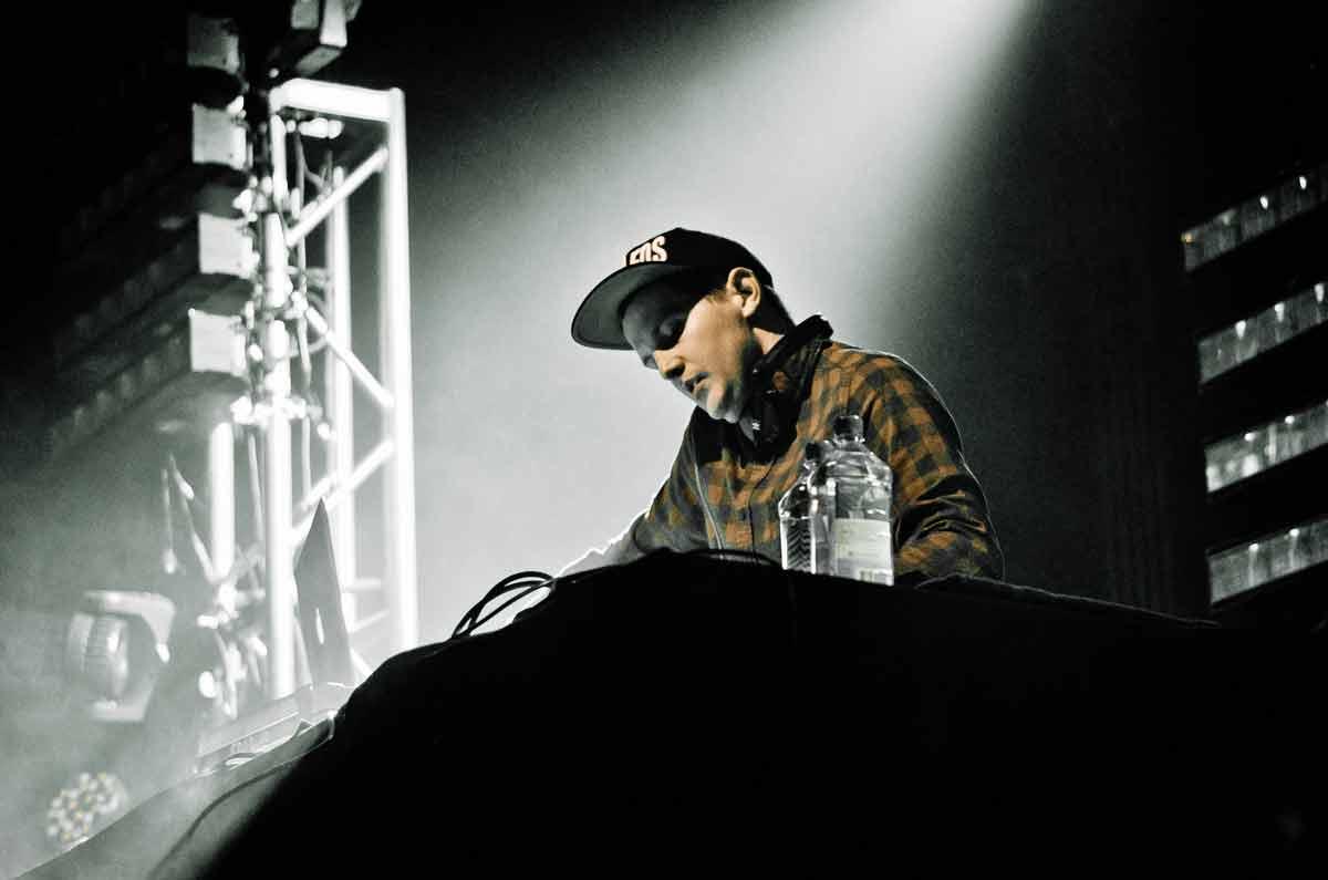 DJ-Dillon-Francis-Net-Worth--
