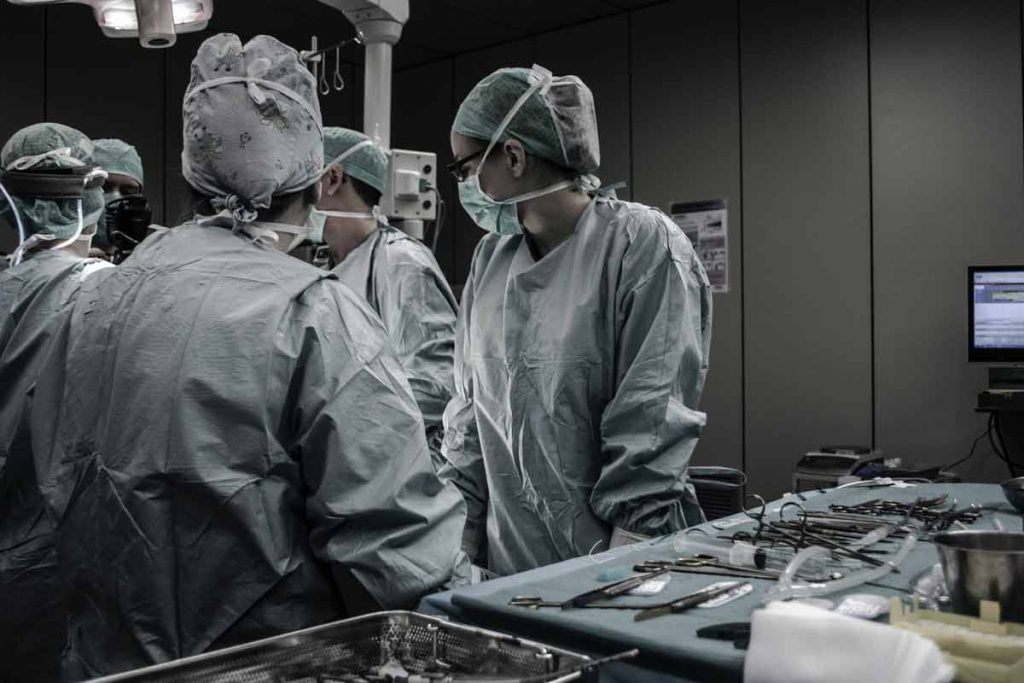 Best Careers To Make Money surgery