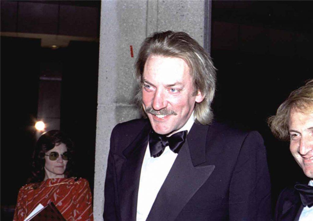 Donald Sutherland net worth rich row